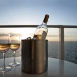 В Каннах туристам предлагают отправиться в винный круиз