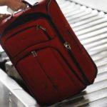 В Парижском аэропорту поврежденный багаж можно починить на месте